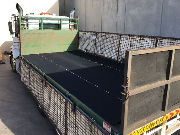 Long haul truck is covered with Reglin's anti slip load mat